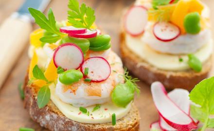 Tartines estivales aux crevettes