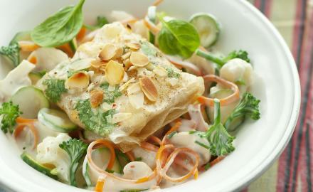 Ballotins de poulet sur légumes crémés
