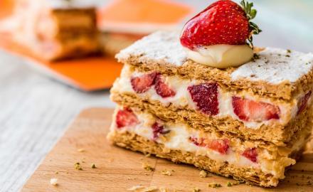 Mille-Feuilles fraises à la crème Chantilly