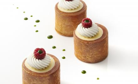 LITTLE RED FRUIT AND CORIANDER PUFF PASTRY CAKES