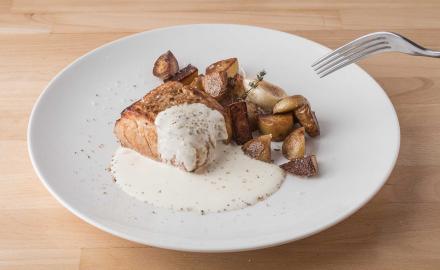 Filet mignon de porc, pommes de terre grenaille