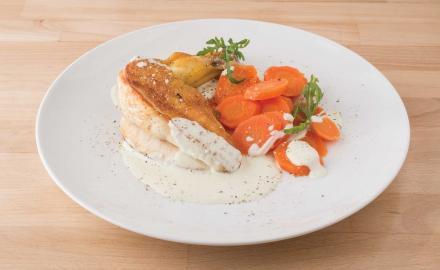 Filet de poulet, crème de basilic