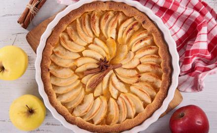 Tarte aux pommes, pâte au chocolat et beurre de Condé sur Vire