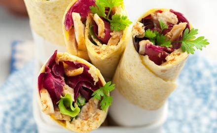 Wrap au poulet sauce curry et coco