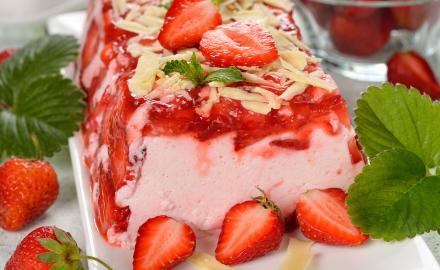 Terrine de fraises gariguettes.
