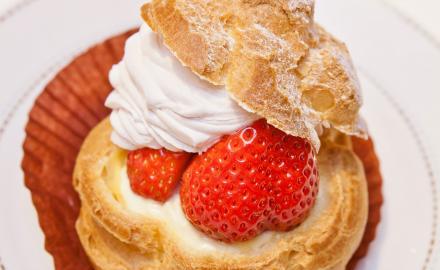 Choux  Chantilly à la fraise