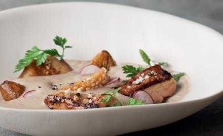 Velouté de châtaignes, foie gras poêlé