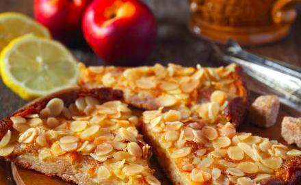 Tartelettes aux nectarines et amandes caramélisées